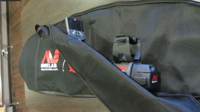 В данной сумке металлоискатель можно переносить в собранном виде, что позволит Вам экономить время на сборку и.